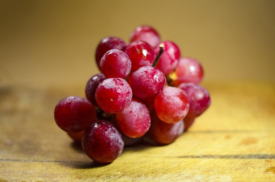 Польза красного винограда