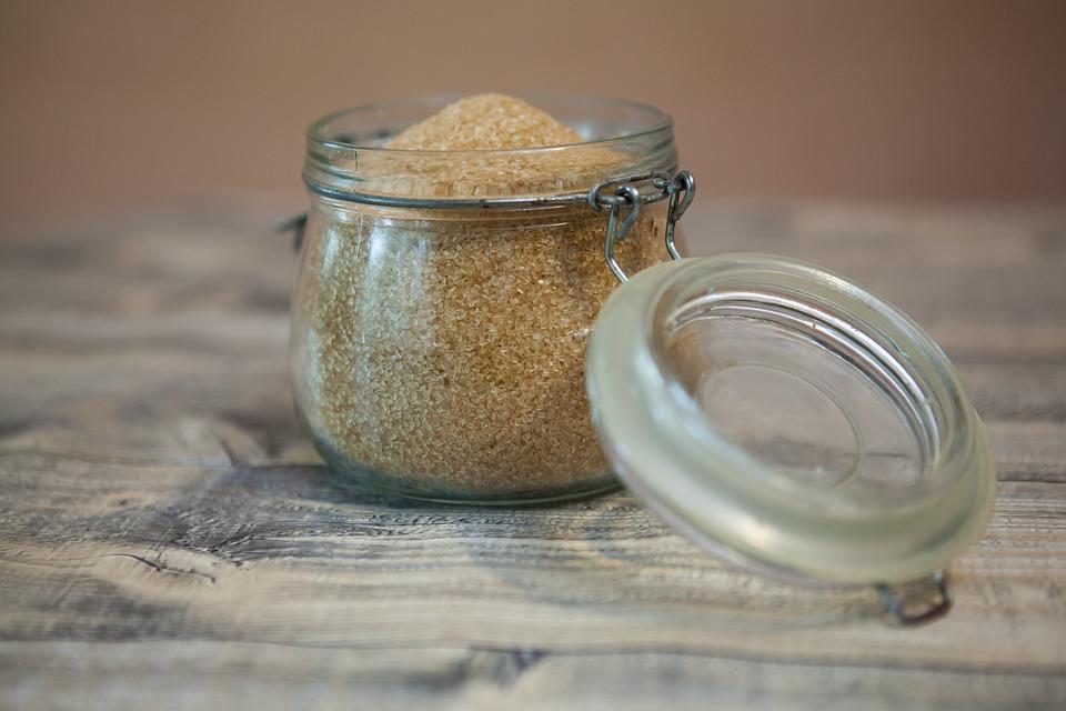 Чем заменить коричневый сахар