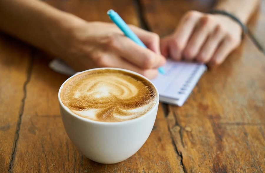 в какое время пить кофе